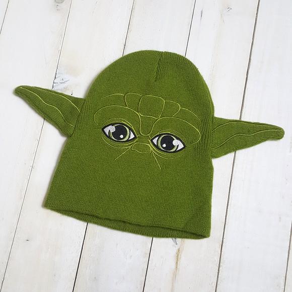 Yoda Winter Hat Skull Cap Star Wars Ears Green. M 5aa82498a825a651691b8a57 3651b93174c4